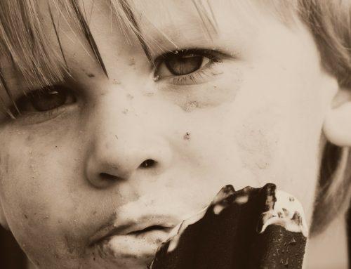 Emocje a jedzenie-czy dziecko może zajadać stres?